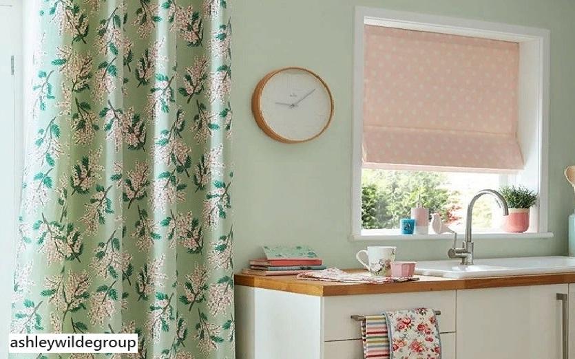 Легкие воздушные шторы из ткани с растительным узором
