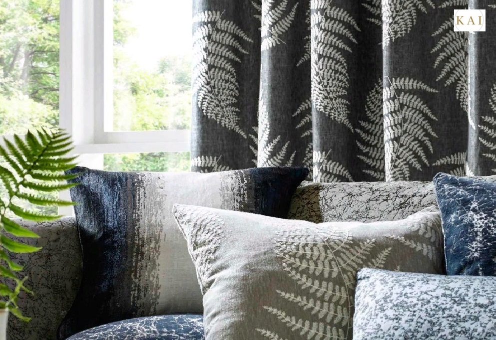 Дизайнерские ткани в оформлении зала