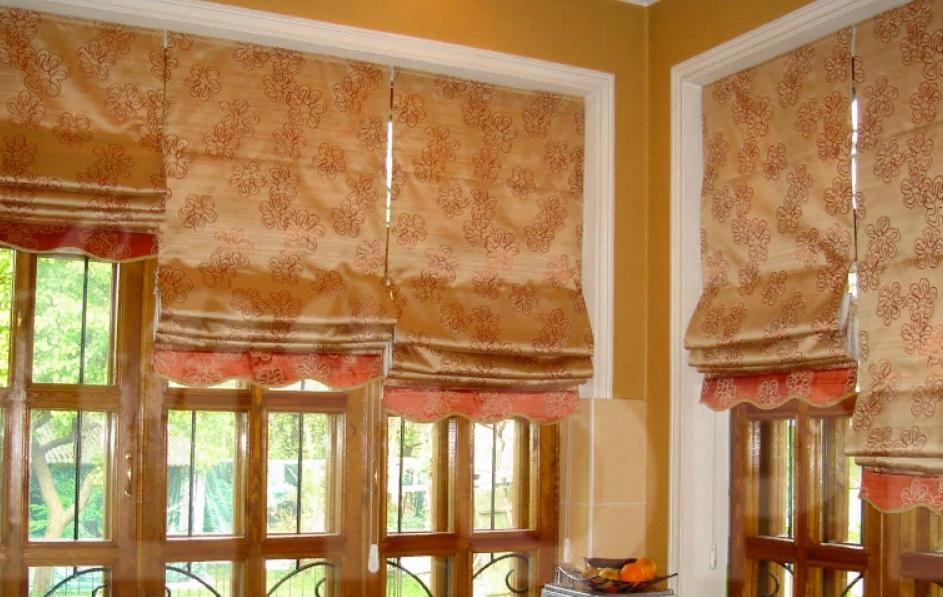 Римские шторы на кухне, фото 1